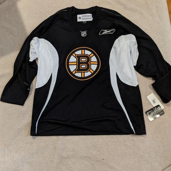e854bca3e41 Reebok Shirts   Nhl Boston Bruins Hockey Jersey Mens Xl   Poshmark